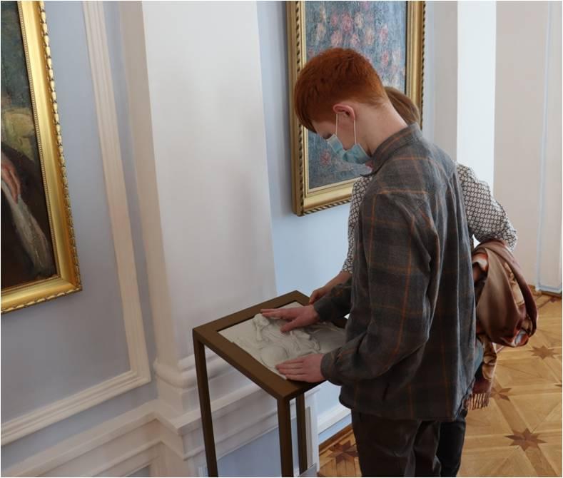 """Интерактивная экскурсия """"Впервые в музее""""."""